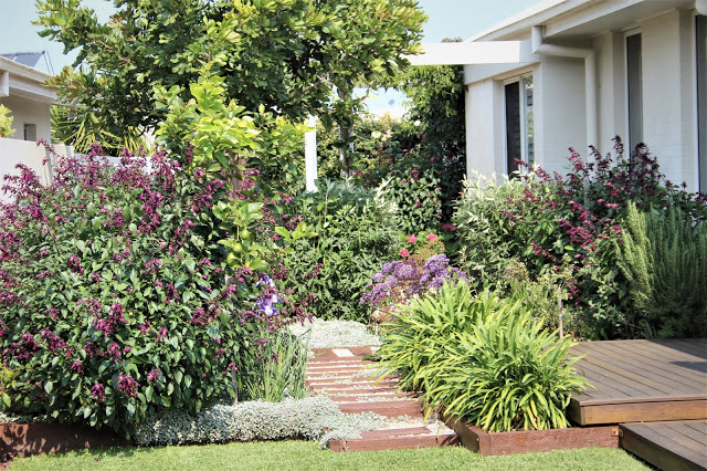 Home garden, block up to 1000m2   2nd Simon & Jeannine Young, 38 Island Rd, North Sapphire Beach